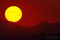 Tramonto sulle montagne dell'Oman